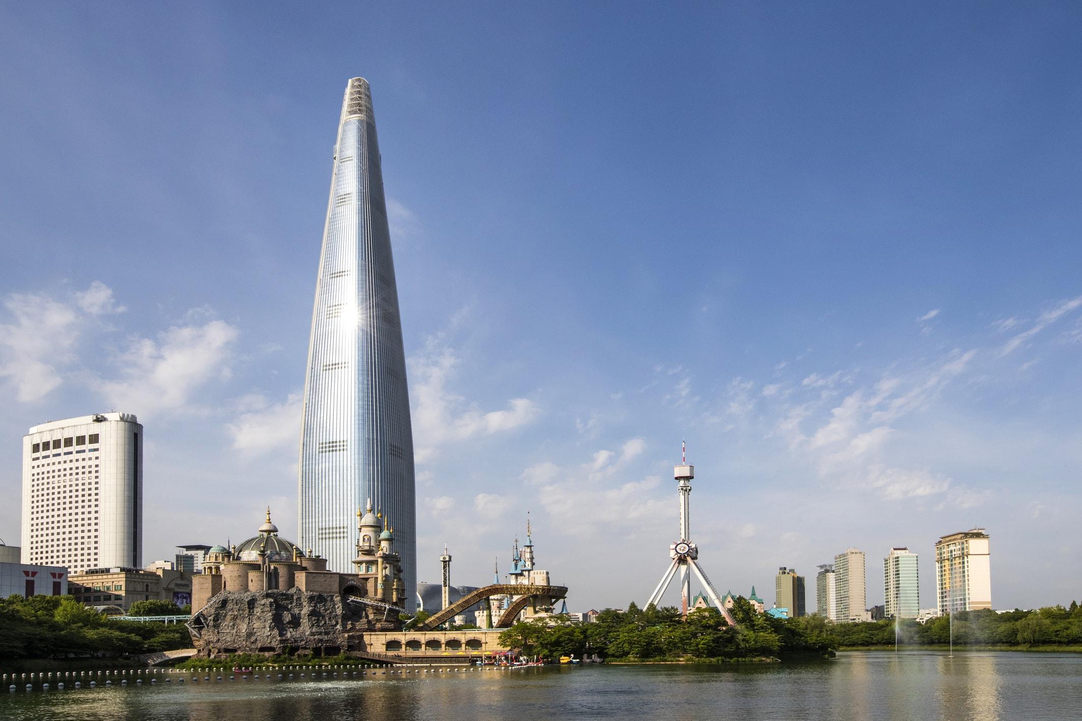 「樂天世界塔觀景台SEOUL SKY」的圖片搜尋結果